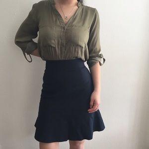 Banana Republic blue navy peplum skirt size 2
